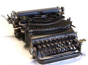 Schreibmaschine Adler 7