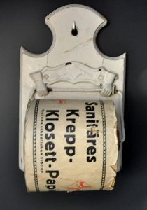Toilettenpapier um 1900