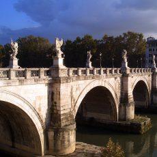 Welche Stadt hat die meisten Brücken?